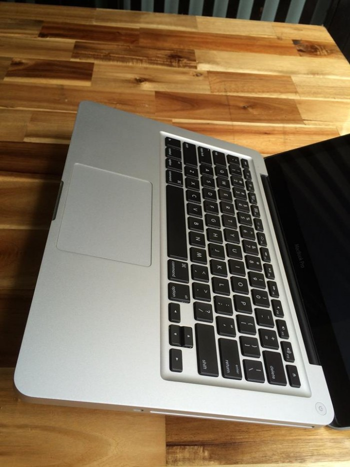 Macbook pro MD101 mid 2012, i5 2.5G, 4G, 500G, 99%, zin100%, gia re