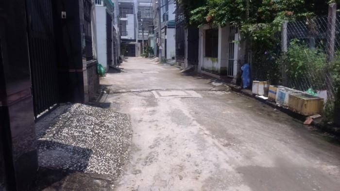 Bán đất đường 22 - 24 LINH ĐÔNG giá 18.5tr/m2 DT 95m2