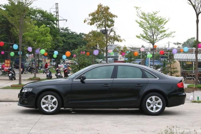 Audi A4 sản xuất năm 2011 Số tự động Động cơ Xăng