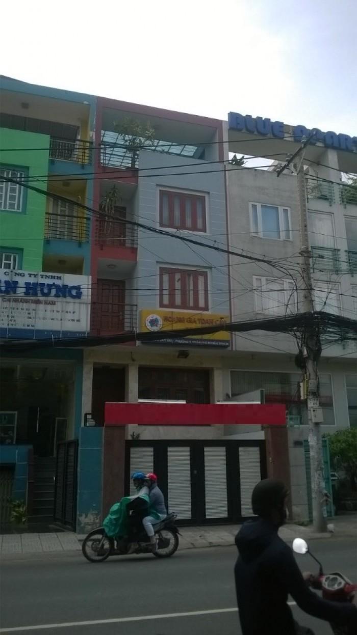 Cho thuê Nhà MT Phan Bội Châu, 4.5x22m, 1 T, 2 lầu,4 phòng,nhà mới đẹp