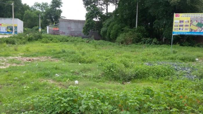 Bán gấp mảnh đất 300m2 phường long trường q9