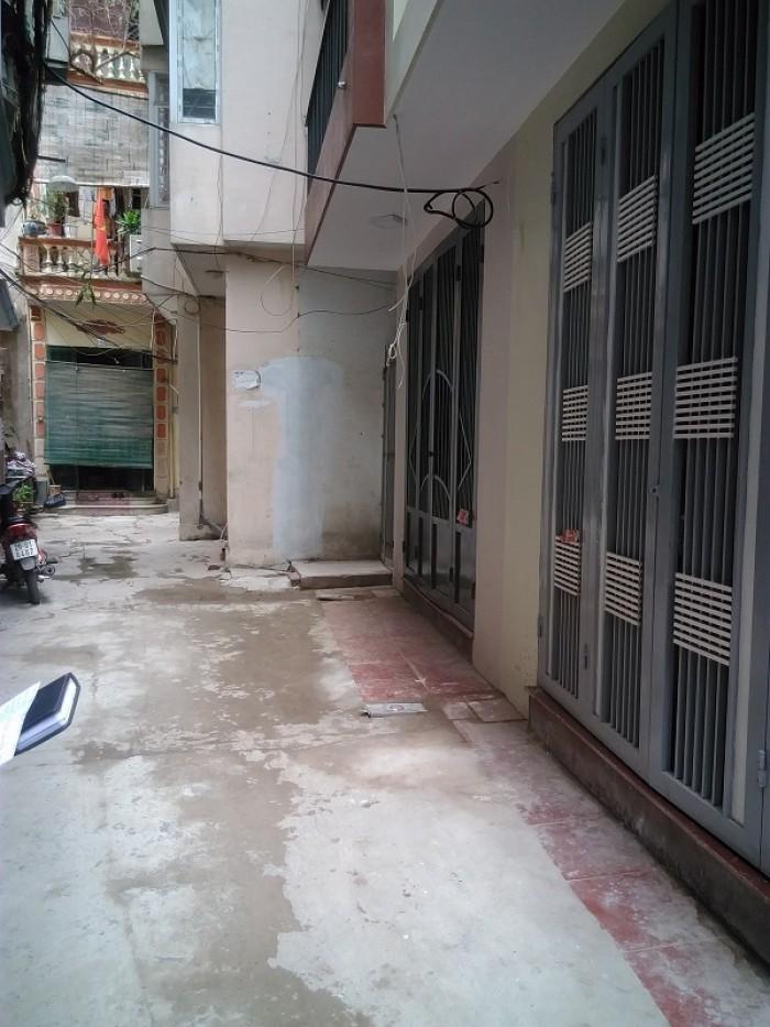 Cần bán nhà ở phố Cự Lộc,Nguyễn Trãi, Ngã Tư Sở Thanh Xuân, dt40m2x5t, 3,8 tỷ