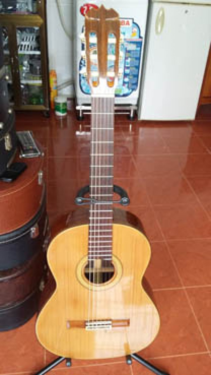 Ba cây guitar Matsouka M 50 Nhật