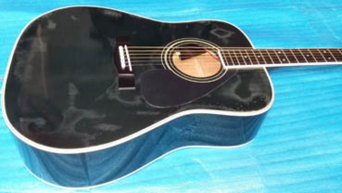 Guitar Yamaha EF 07 có EQ Nhật