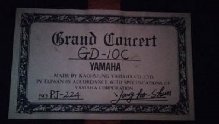 Guitar Yamaha Grand concert GD 10C