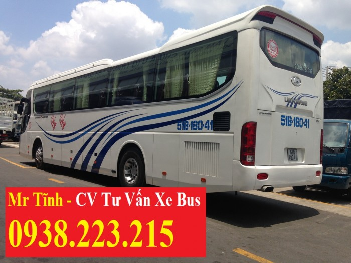 Xe khách 45 chỗ thaco universe tb120s mới, giá xe khách 45 chỗ hyundai universe noble
