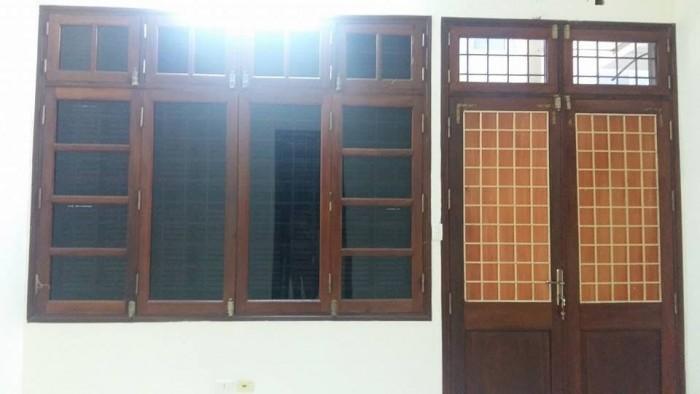 Bán nhà mặt phố Hoàng Hoa Thám, dt 40m2 x 5t, mt 6m, giá 7.5 tỷ