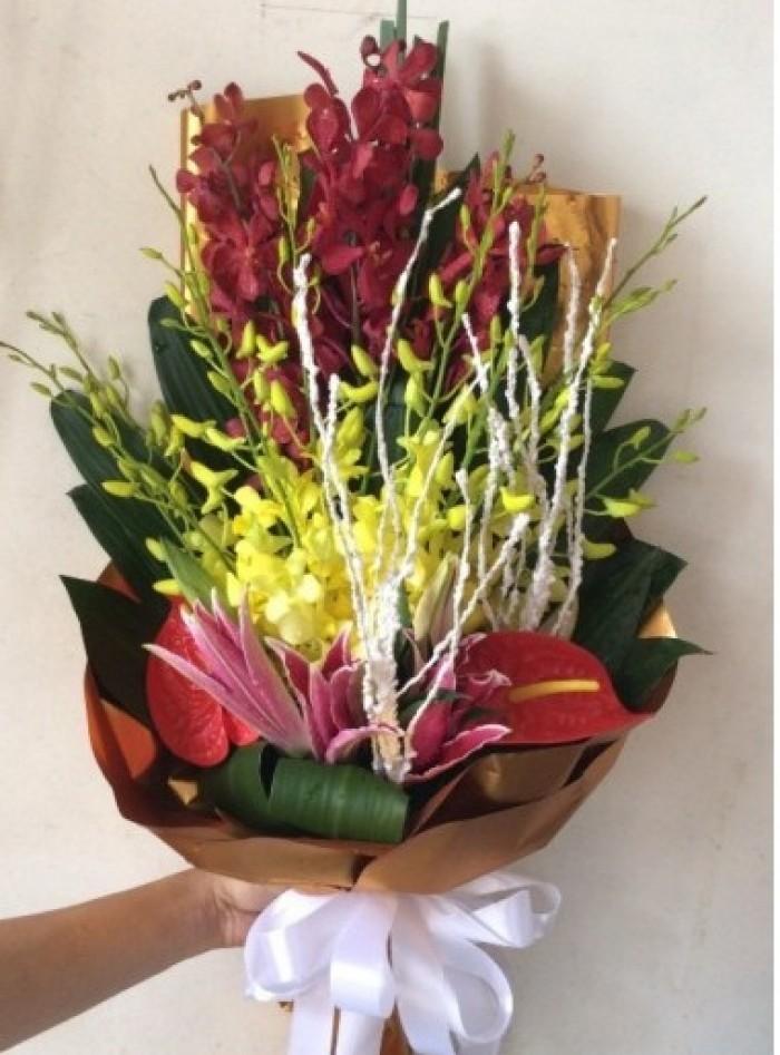 Điện Hoa Thanh Hoá là dịch vụ chuyển phát điện hoa uy tín nhất Thanh Hoá,miễn phí giao hoa nội thành thành phố Thanh Ho3