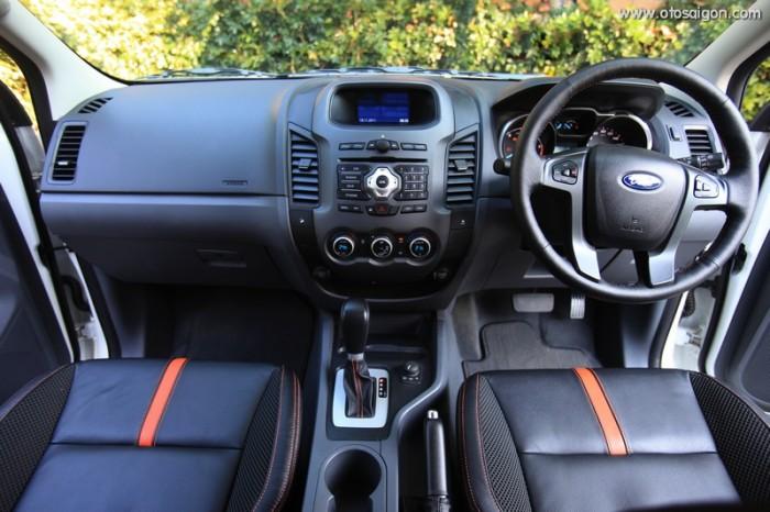 Tham gia buổi lái thử xe Ford Ranger 2018 để có cảm nhận lái của chính bản thân bạn, trải nghiệm phong cách nội thất xe hiện đại và năng động, tiêu chuẩn Mỹ |  Liên hệ Trung Hải - 0966877768 (24/24) để lên lịch lái thử ngay