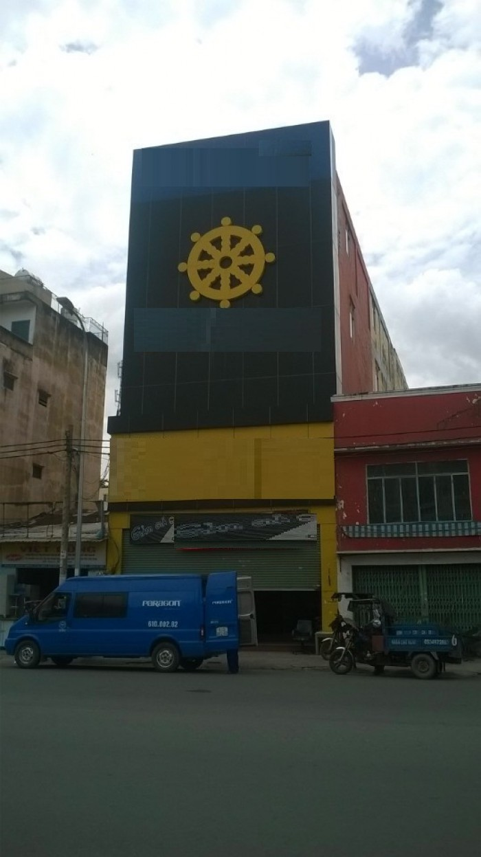 Cho thuê Tòa Nhà đường Bạch Đằng, 8x34m, 4 lầu, gần chợ Bà Chiểu