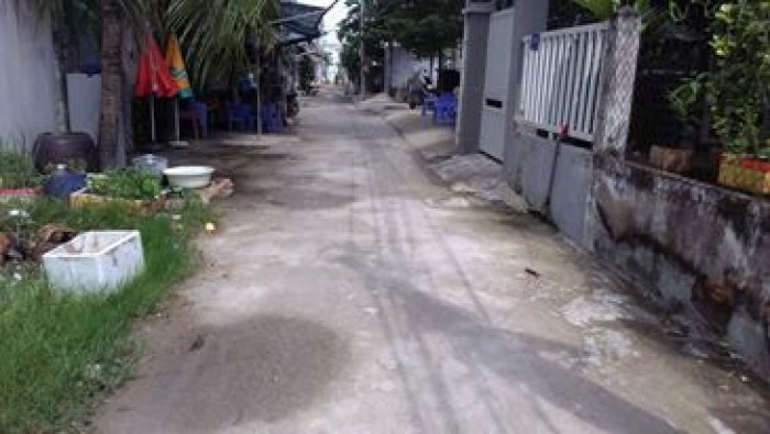 Bán đất QUỐC LỘ 13 DT 462m2 giá 13tr/m2 rẻ nhất khu vực