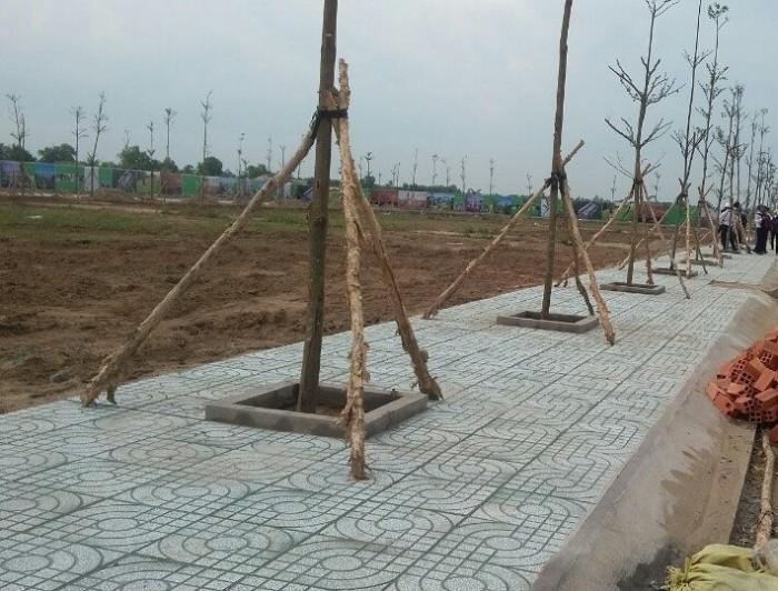 Ngân hàng BIDV phát mãi lô đất 120m2, Mặt Tiền QL1A QL1A Cách chợ Bình Chánh 3km