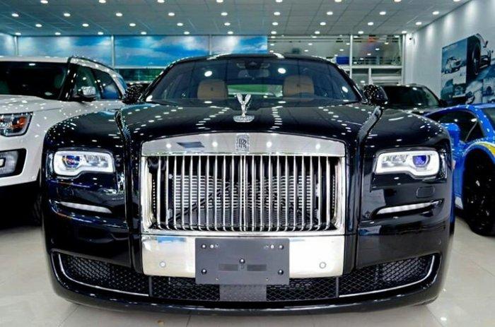 Rolls Royce Ghost 6.6L V12 Twin Turbo Model 2015 2
