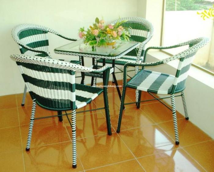 Bàn ghế cafe sân vườn giá rẻ0