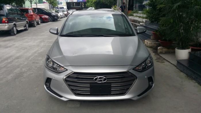 Ưu đãi lên đến 40tr khi mua Hyundai Elantra 2016 chuẩn bị đón Lộc đầu năm 2017