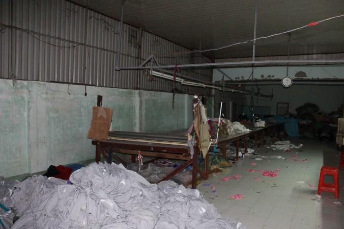 xưởng may gia công trang trần phân xưởng 5