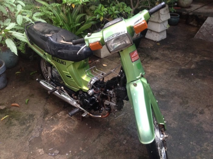 Suzuki 100 cổ xưa, xanh Kawasaki, bstp