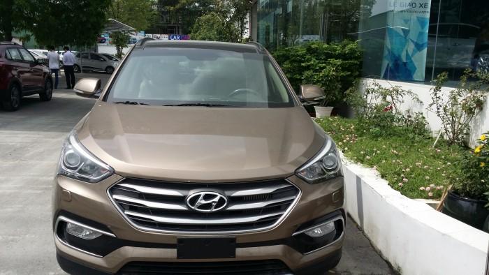 Lô hàng Hyundai Santafe Full Xăng mới vừa cập cảng, đủ màu