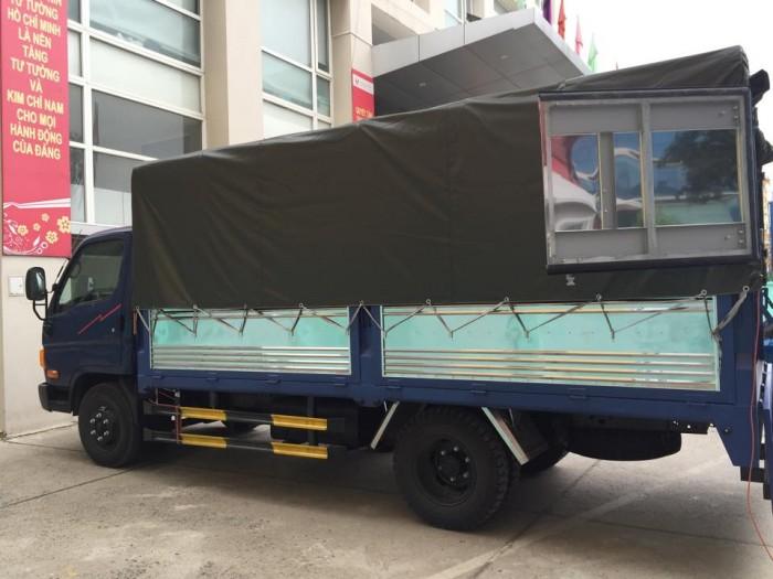 Xe tải Hyundai HD700 Đồng Vàng - thùng bạt inox, khuyến mại lớn, giao xe ngay