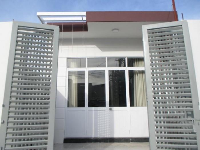 Cần bán nhà mặt phố đường Nguyễn Dữ, Tp. Nha Trang, Khánh Hòa