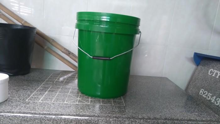 xô nhựa 20 lít hóa chất 5