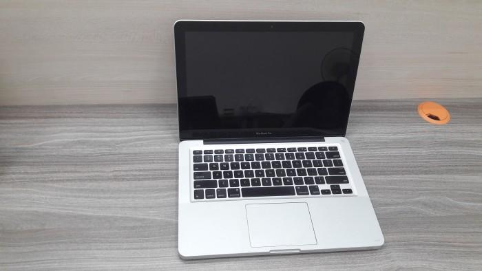 Bán Macbook pro core i5