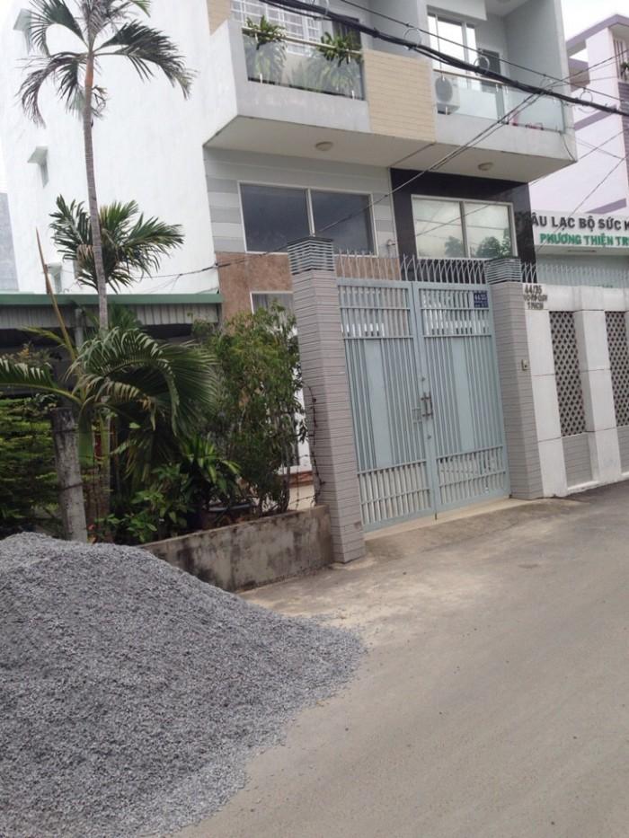 Bán nhà gần metro quận 12