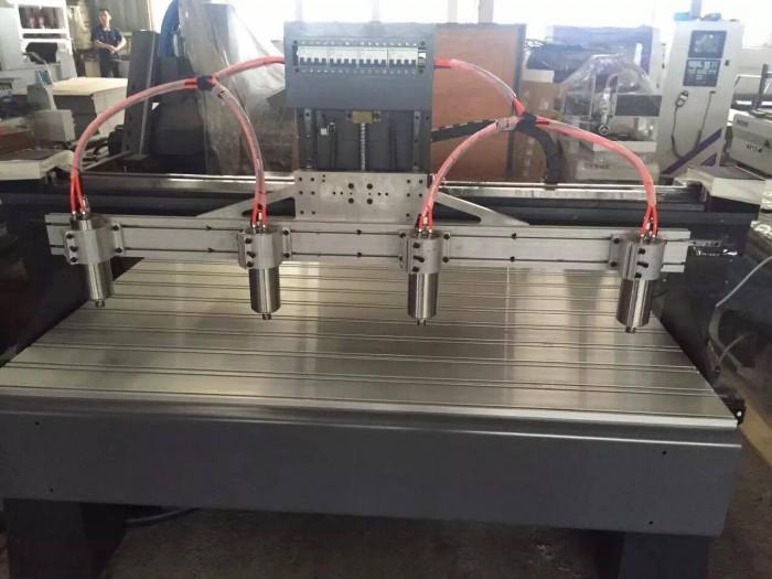Máy cnc 4 đầu đục gỗ , máy đục tranh 3d , máy cnc cắt chữ vi tính