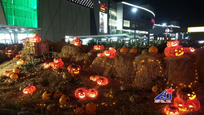 Bí đao Halloween - Chuyên thiết kế, thi công mô hình trang trí Halloween cho trung tâm thương mại