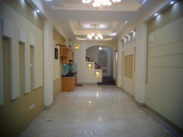Bán nhà mặt phố Võng Thị, Tây Hồ, DT 110M2, 5.5 tầng, mặt tiền 18m2, giá 22 tỷ, có thương lượng.