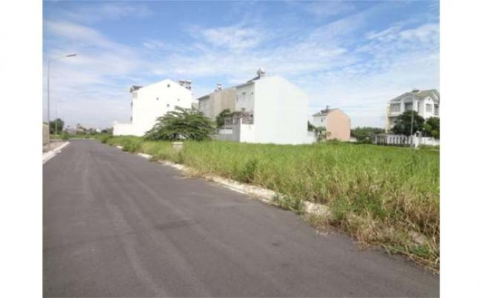 Đất gần cầu Cát Lái, quận 2; 120 m2, 456 tr/ nền