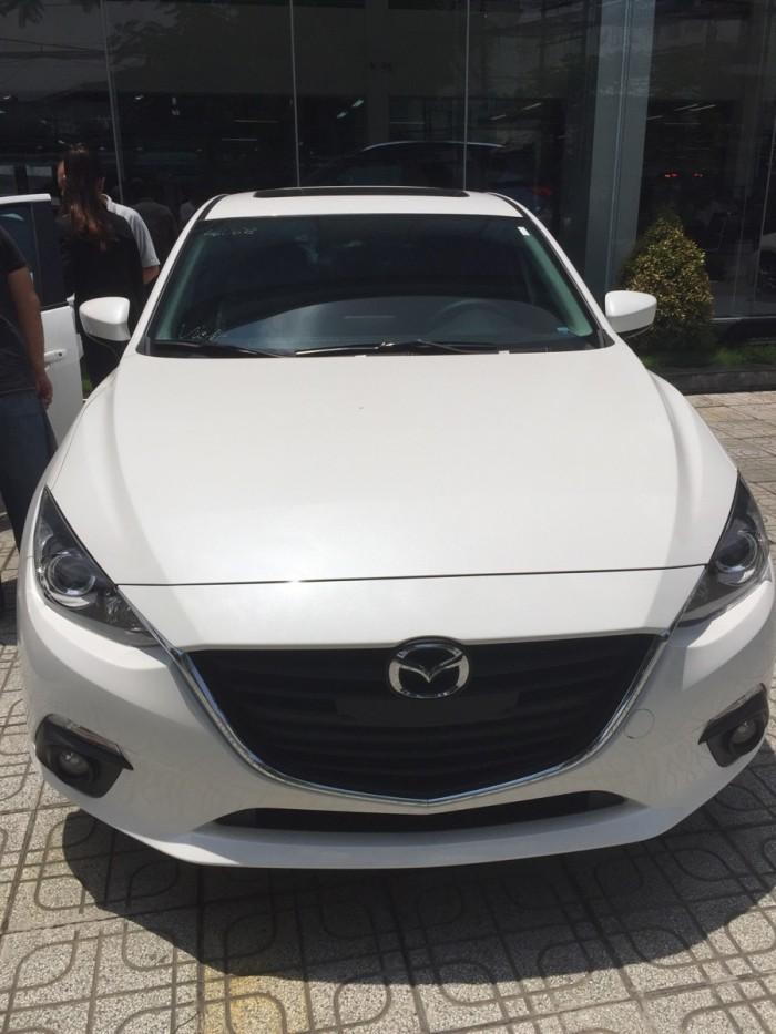 Xe Mazda 3 mới 100% đủ màu giá 660 triệu