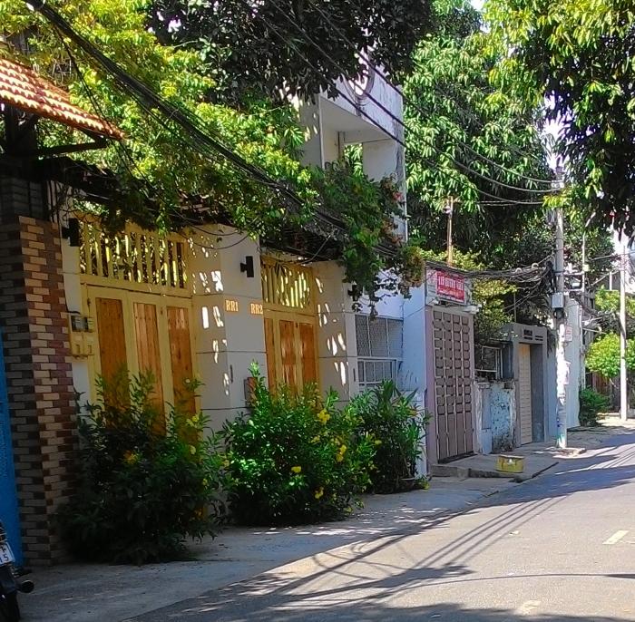 Bán nhà diện tích đẹp 10x40m nở hậu hẻm 8m Cộng Hòa, phường 13, quận Tân Bình