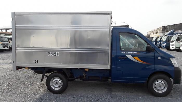 Bán xe tải Thaco Towner950A thùng kín tải trọng 615 Kg , chạy nội thành