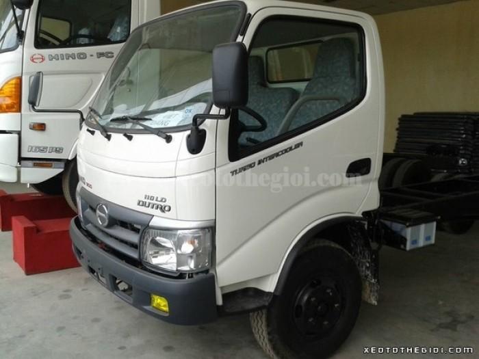 Hino tải Dutro WU342L loại 5 tấn thùng dài 4.5m, có sẵn giao ngay 1