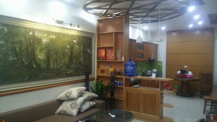 Chính chủ bán gấp nhà Lạc Long Quân, Võng thị, Tây Hồ 56m2x5tang, 3 mặt thoáng giá 6 tỷ