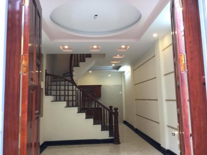 Bán nhà mặt phố Đội Cấn, Ba Đình,  DT 128 m2, 2 tầng, MT 7.5, giá 31 tỷ, có thương lượng.
