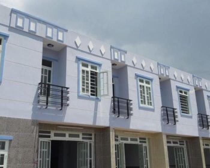 Nhà mới xây chính chủ sổ hồng riêng DT 5.5x10m