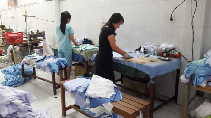 Xưởng May Gia Công Trang Trần - 0989.691.693 - chuyên may gia công may áo thun đồng phục