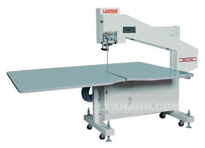 Máy cắt Vòng trong ngành may Lastar1