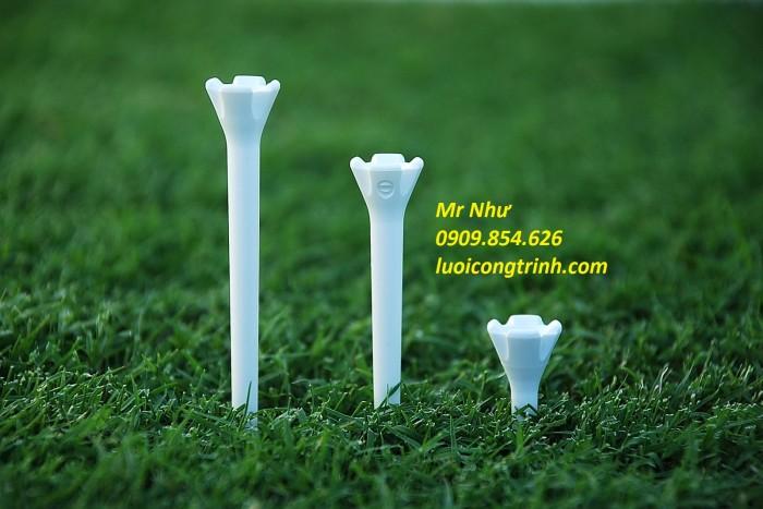 Tee golf bền và chất lượng