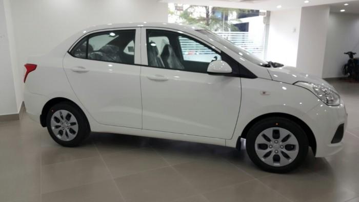 I10 Sedan 1.0 số sàn tại Hyundai Hoàng Diệu