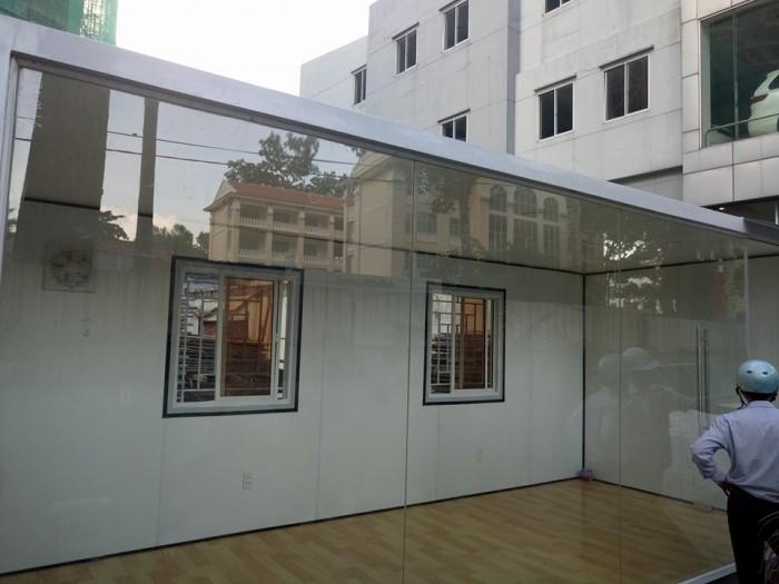 Container kính cường lực