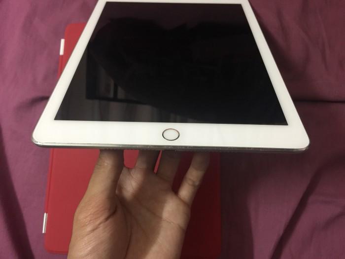 iPad Air 2 Sliver 64GB Wifi tặng bao da, máy đẹp