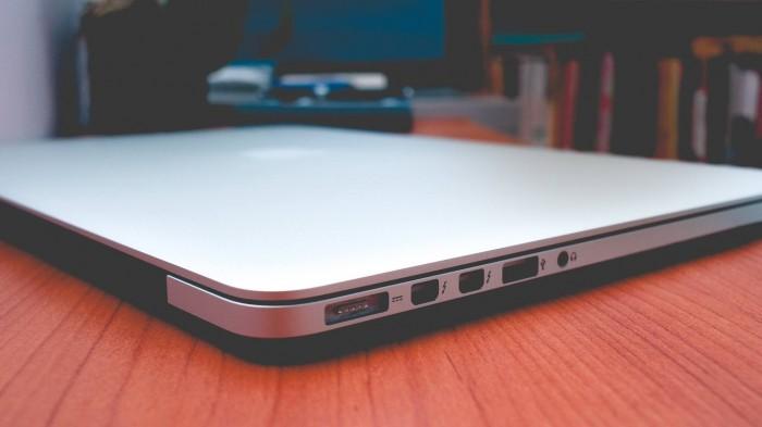 Macbook Pro Retina MC976 2012 | CPU: Intel Core i7 3720QM 2.6 GHZ, cực mạnh chuyên xử lý đồ hoạ