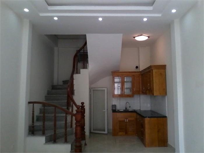Cần bán gấp nhà  phố Trương Đinh : 65m x 2 tầng x 6 m, giá bán 6.9 tỷ, có thương lượng !