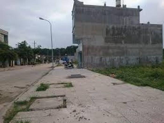 Bán đất chính chủ 100%  đường QL1A,Bình Chánh