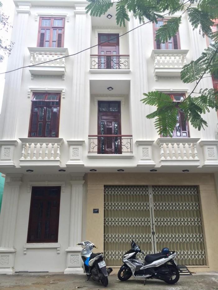 Cho thuê nhà MT Nguyễn Hữu Thọ, gần vòng xoay 30/4