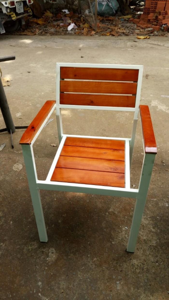Ghế cafe sắt gỗ giá rẻ1