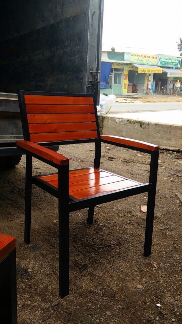 Ghế cafe sắt gỗ giá rẻ3